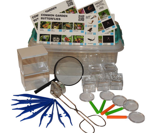 Mega Bug Hunting  Set  67 PCS